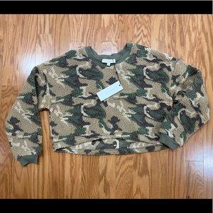Dance&Marvel camp crop shirt NWT